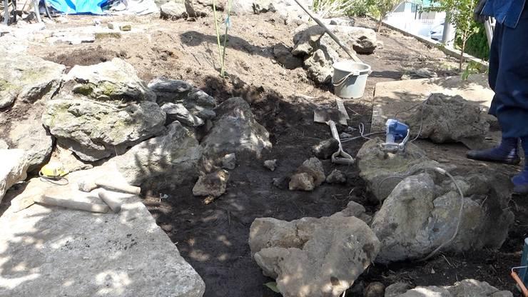石積み施工中: 庭や煌久が手掛けたです。