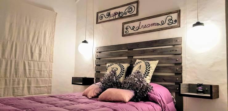 Deco Suite P&A – Casa Rey del Bosque – Carilo2018: Dormitorios de estilo  por MSBergna.com,