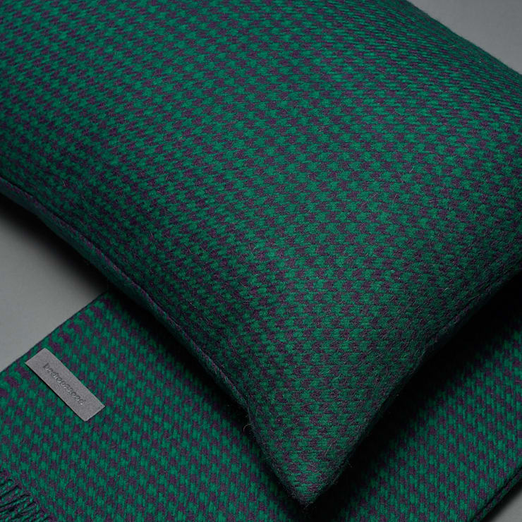Throws and Blankets:  Bedroom by Bedroommood