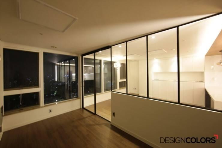마포구 도화동 마포트라팰리스 오피스텔 인테리어: DESIGNCOLORS의  방,