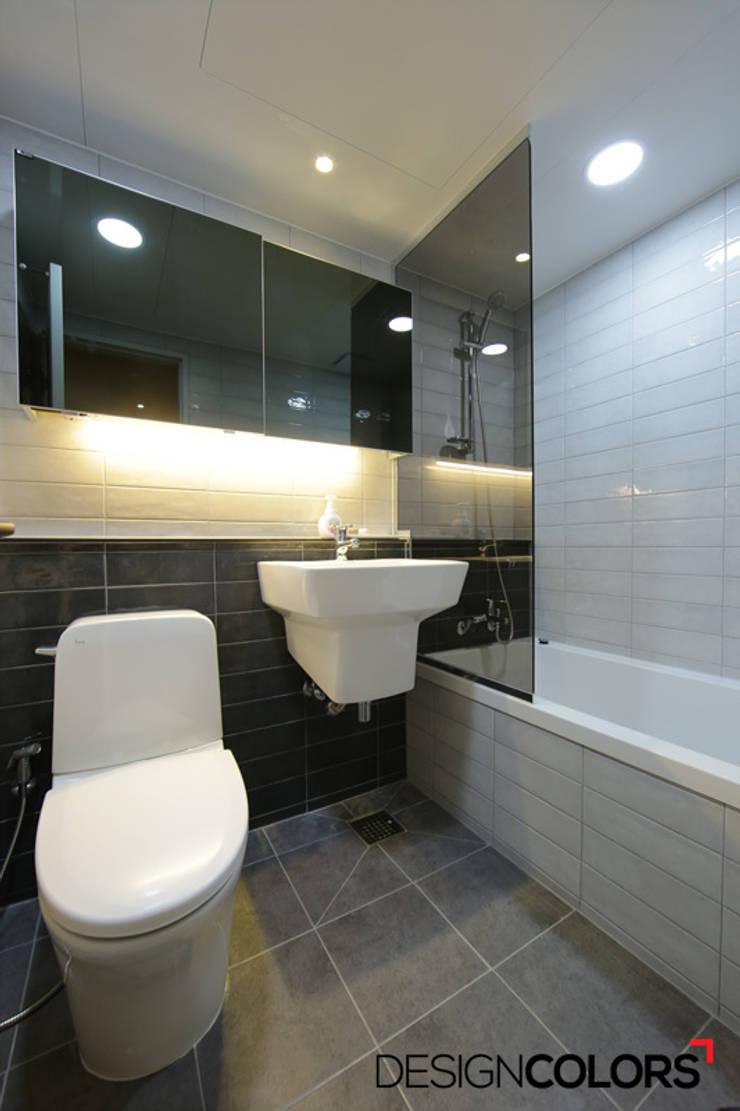 마포구 상암동 월드컵파크3단지 아파트인테리어 32평: DESIGNCOLORS의  욕실,