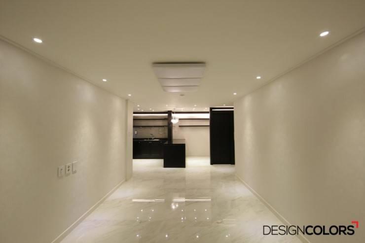 마포구 도화동 우성아파트 인테리어 29평: DESIGNCOLORS의  거실,