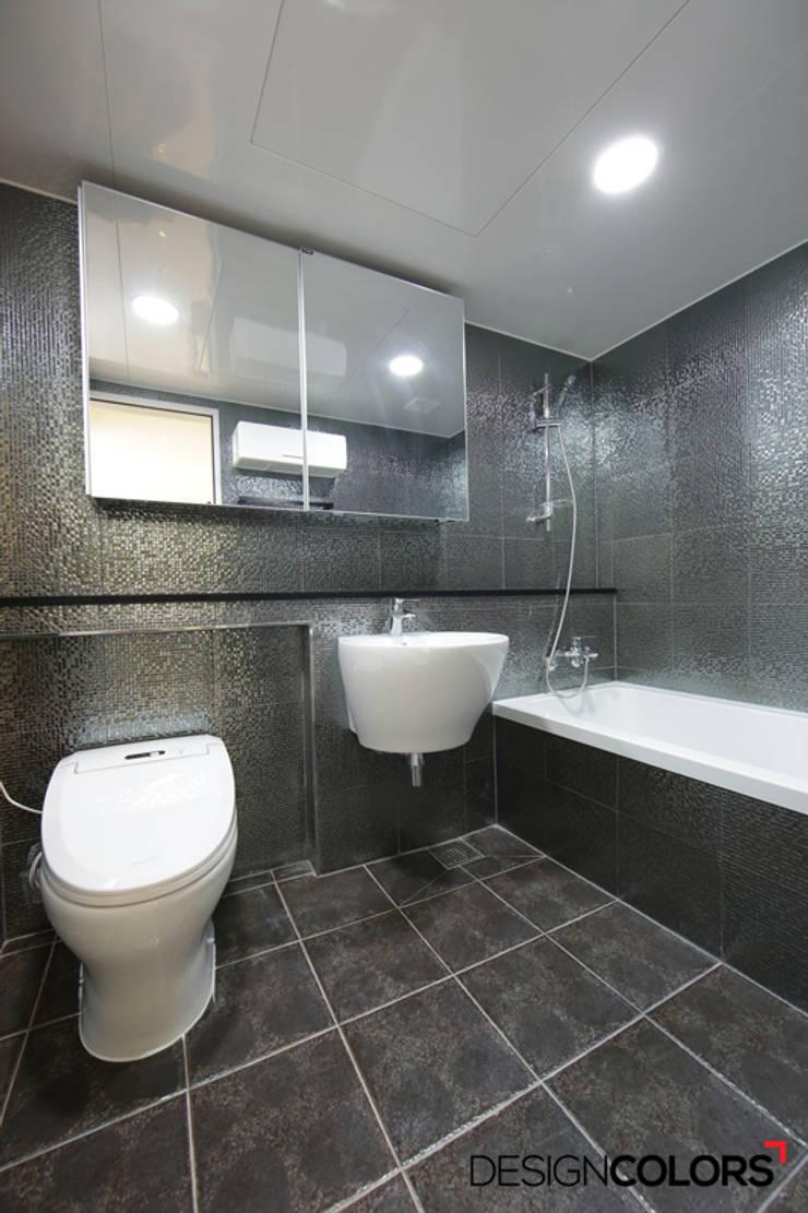 마포구 도화동 우성아파트 인테리어 29평: DESIGNCOLORS의  욕실,