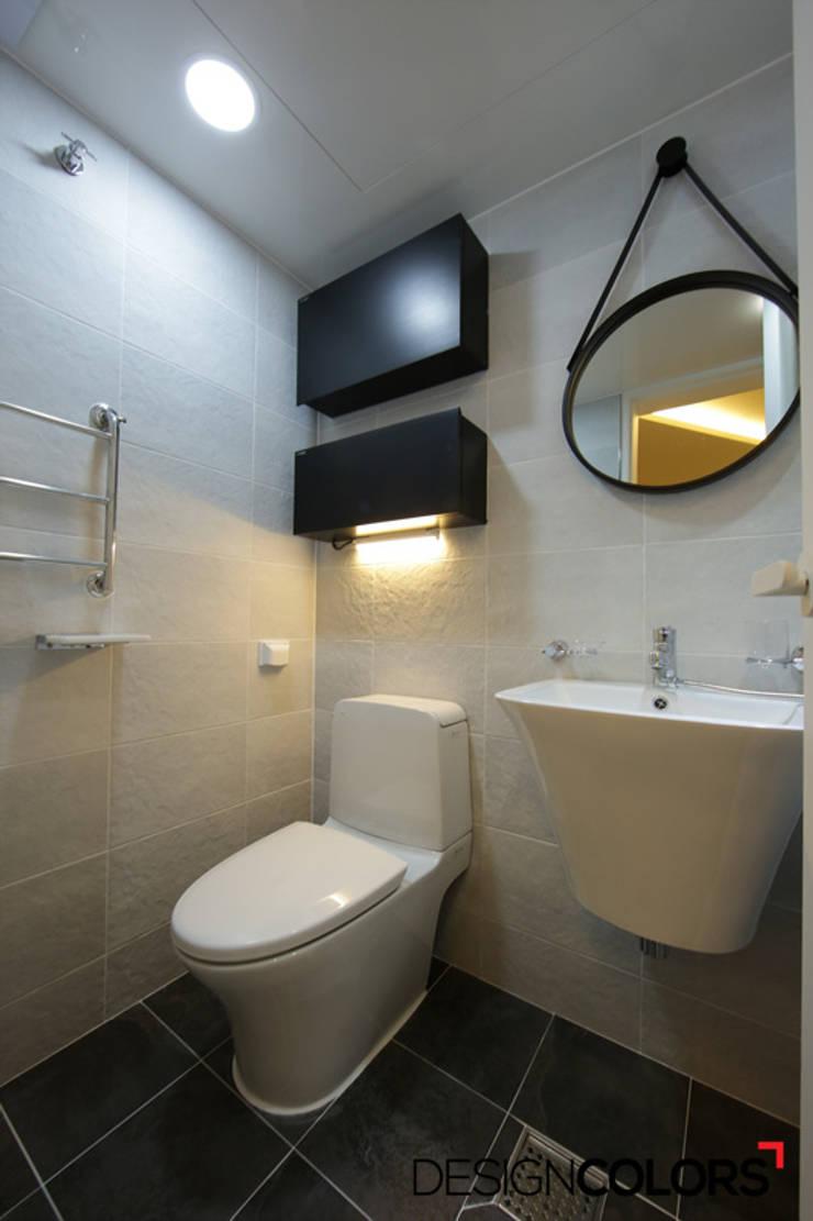 강서구 내발산동 수명산파크 아파트인테리어 24평: DESIGNCOLORS의  욕실