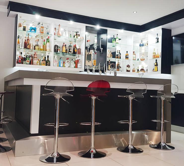 Front of bar:  Kitchen units by ilisi   Interior Architectural Design,