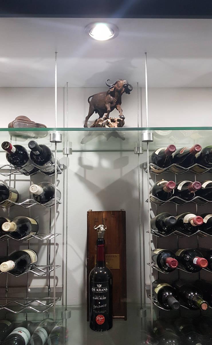 Wine cellar:  Wine cellar by ilisi   Interior Architectural Design,