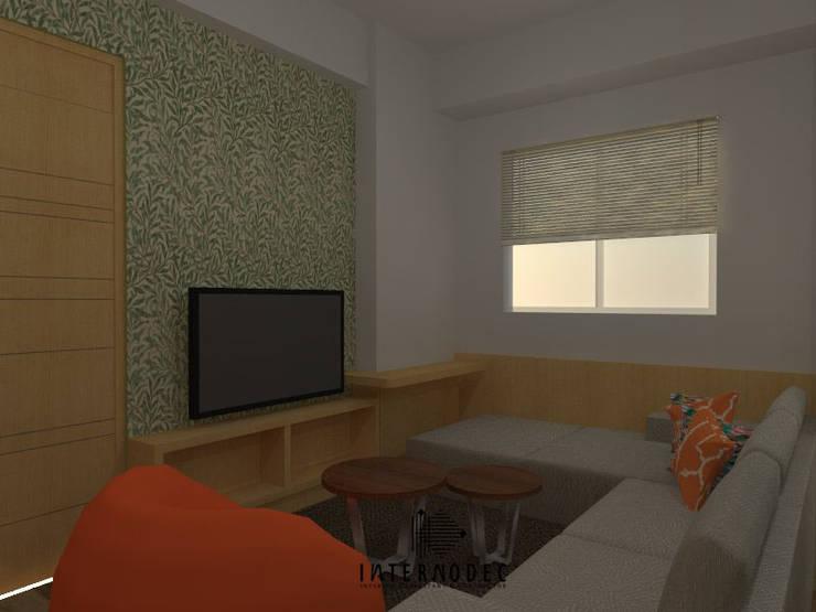 Ruang Tamu & Keluarga:  Ruang Keluarga by Internodec