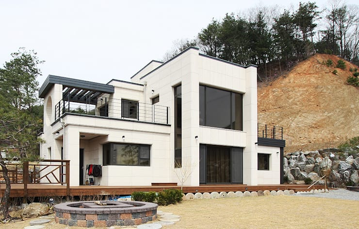 주택외부: 더존하우징의  전원 주택,모던