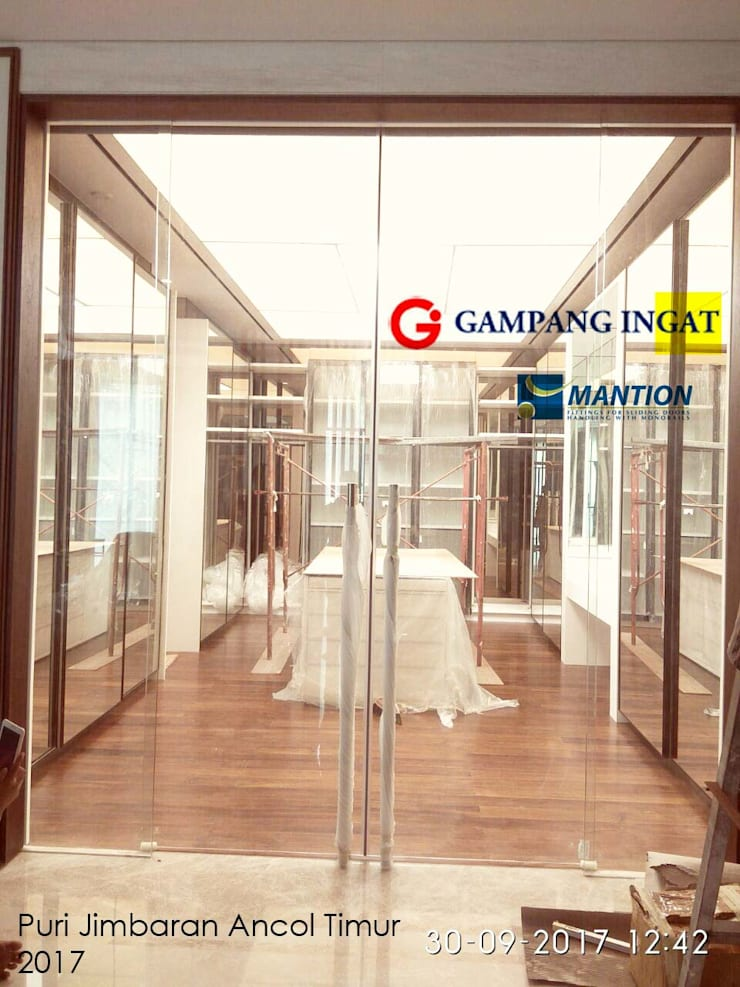 Synchonized Sliding System (Pintu Geser Sistem Sinkronisasi):  Windows & doors  by Gampang Ingat