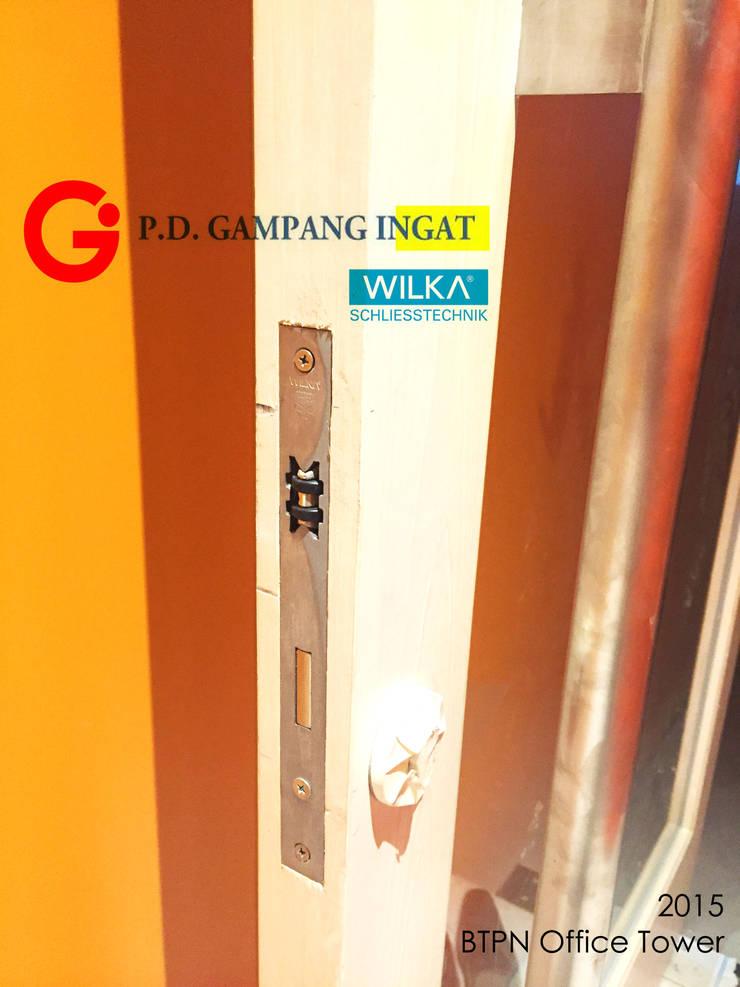 Double-Swing-Door (Pintu Ayun Dua Daun):  Windows & doors  by Gampang Ingat