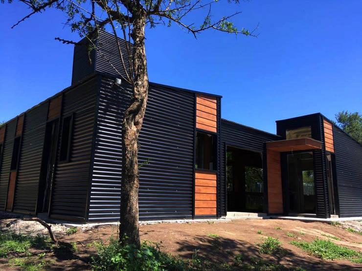 Vivienda Familiar – Las Corzuelas.: Casas de estilo  por Acedur,