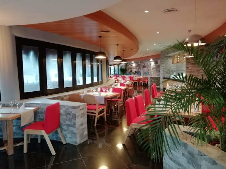 Restaurante Botticelli, Hotel The Reef `Playacar: Restaurantes de estilo  por MoisesMedinaDesign