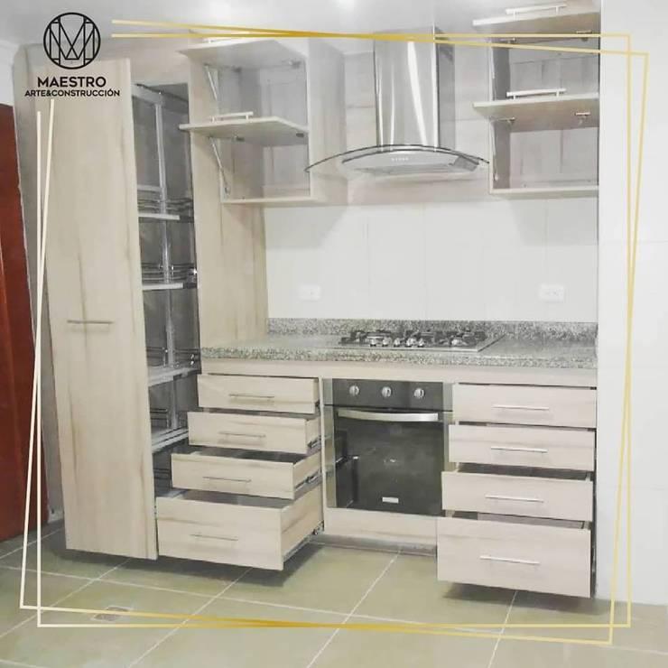 Remodelación cocina: Cocinas integrales de estilo  por Maestro Arte & Construcción