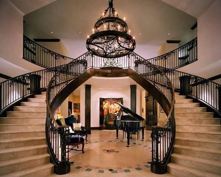 CẢNH BÁO : Những điều cấm kỵ khi thiết kế cầu thang:   by Kiến Trúc Xây Dựng Incocons