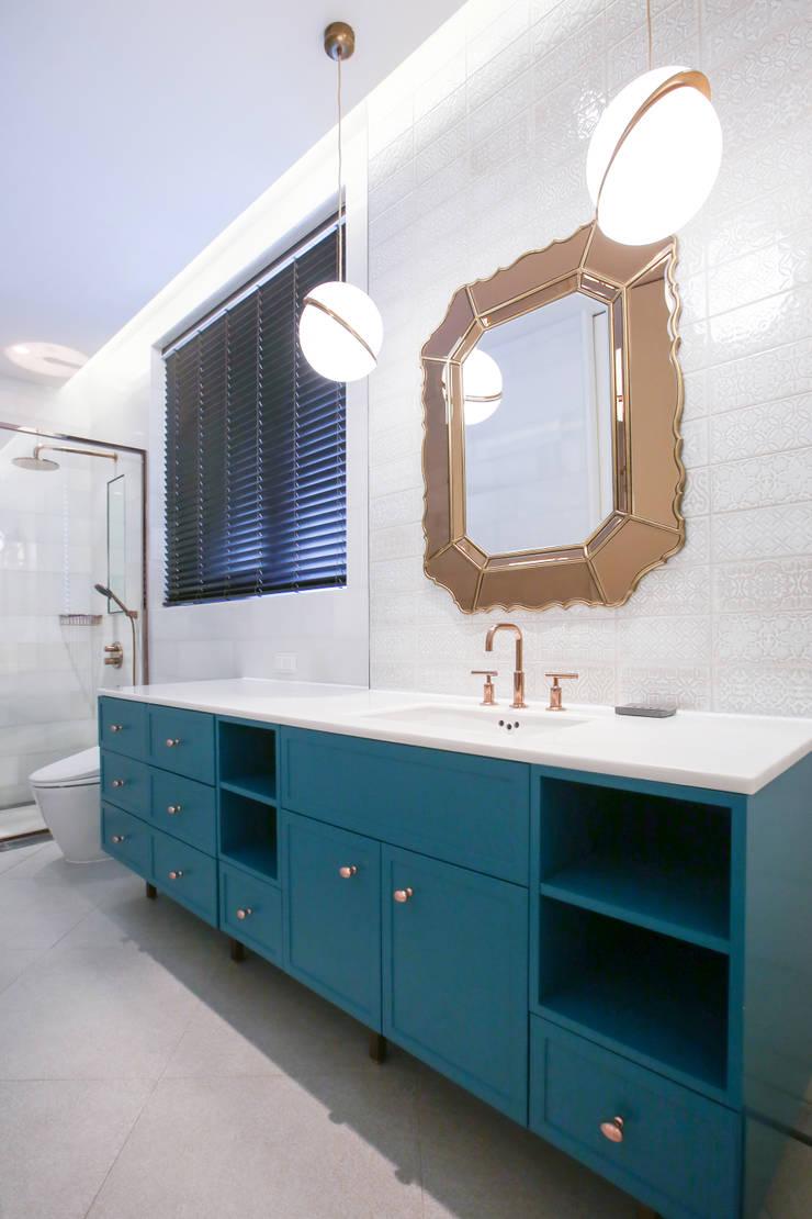 모던한 욕실장: 다빈710의  욕실,모던