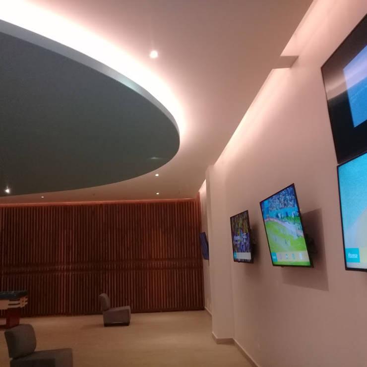 Ecoles modernes par SG Huerta Arquitecto Cancun Moderne Tuiles