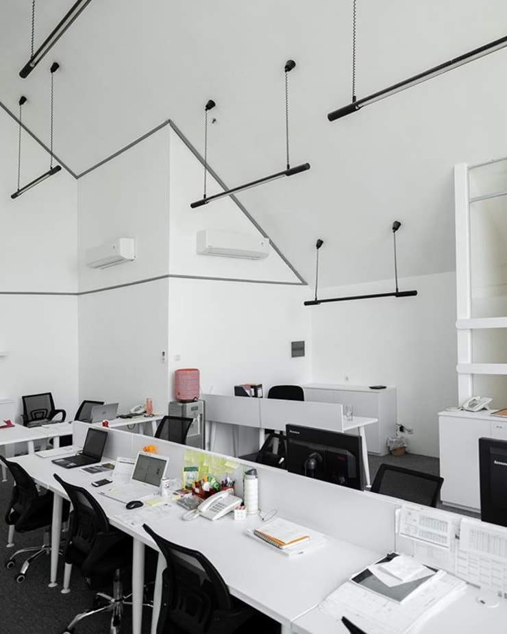 PT. Freyssinet Total Technology Office:  Kantor & toko by FIANO INTERIOR
