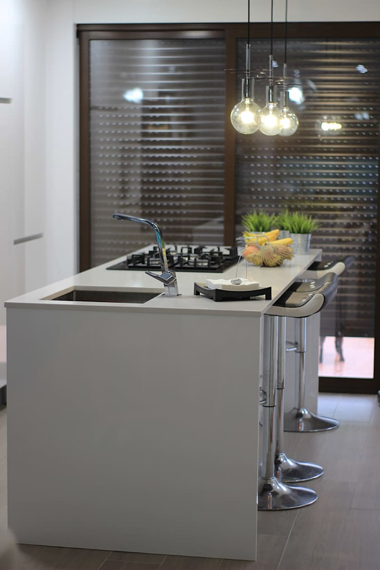 Dapur built in oleh Novodeco, Modern