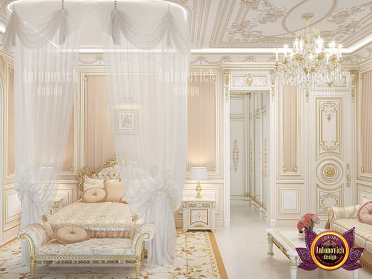 Stunning Bedroom for Royalty:   by Luxury Antonovich Design