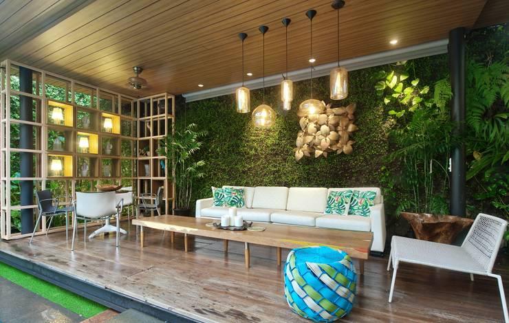 Residence – Bobos :  Teras by Bobos Design