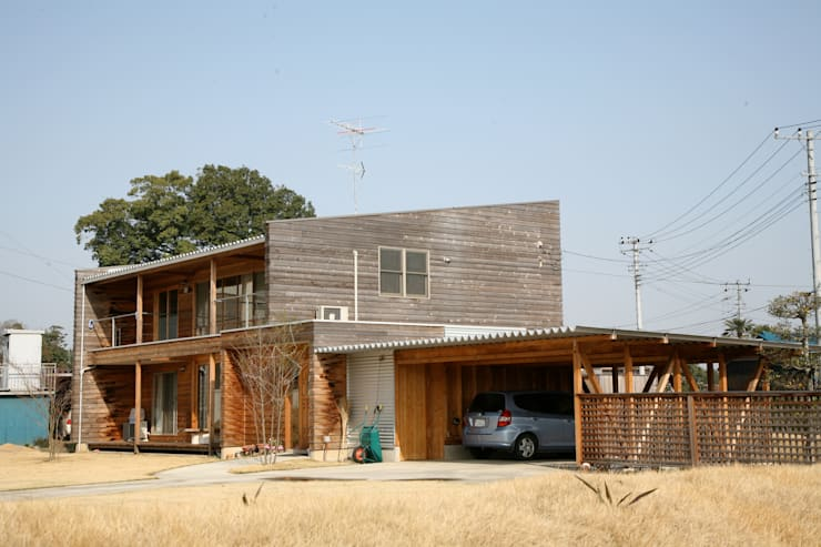 Wooden houses by homify