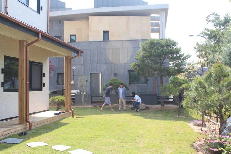 주택 정원: 나무집협동조합의  정원