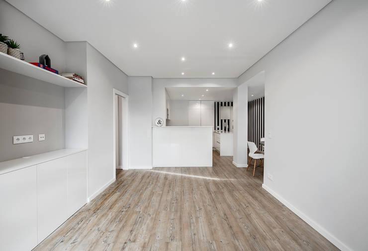Salas / recibidores de estilo  por ARQ1to1 - Arquitectura, Interiores e Decoração, Moderno