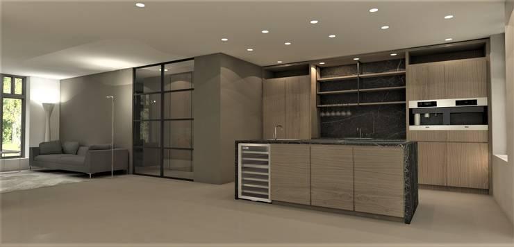 Keuken walnoot met zwart marmer:  Keuken door Studio DEEVIS