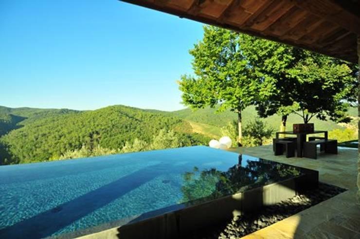 Pool by Nico Van Der Meulen Architects