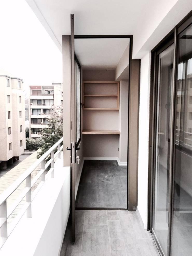 Dpto Román Diaz: Terrazas  de estilo  por EnVoga