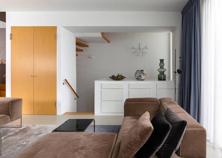 Living room by Regina Dijkstra Design