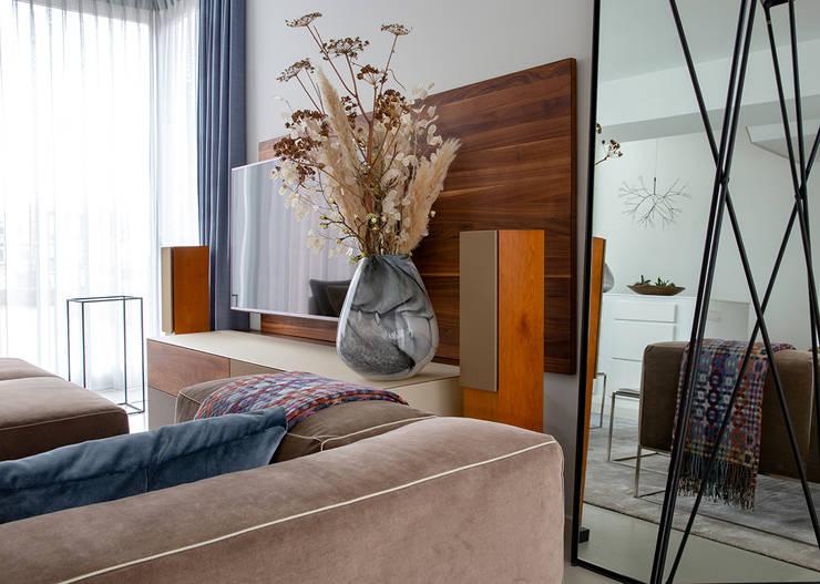 Salas de estilo  por Regina Dijkstra Design