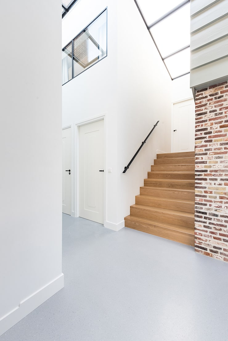 Stairs by Dineke Dijk Architecten, Modern