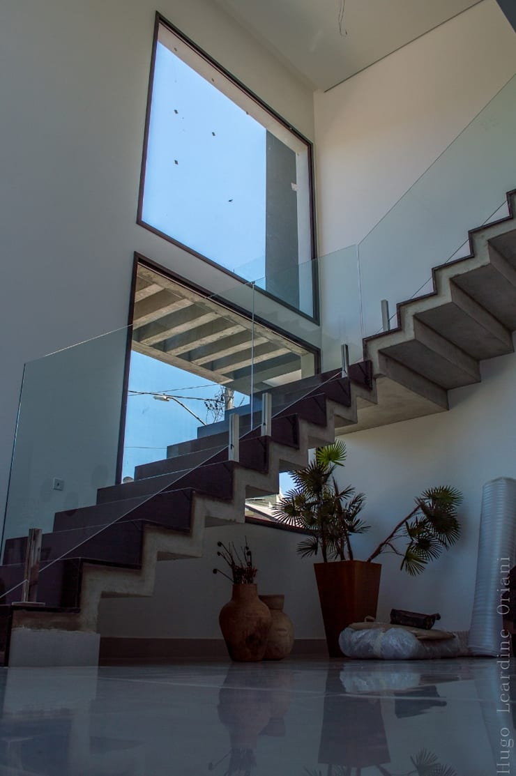 Multi-Family house by Barbara Oriani Arquiteta