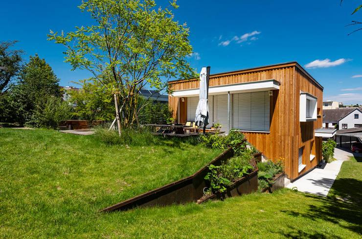 Garten, Holzterrasse Moderne Häuser von AL ARCHITEKT - in Wien Modern
