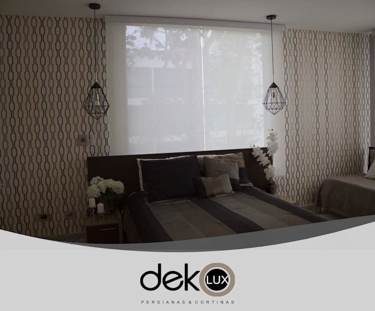 ​Enrollable Screen:  de estilo  por Dekolux Persianas y Cortinas, Moderno