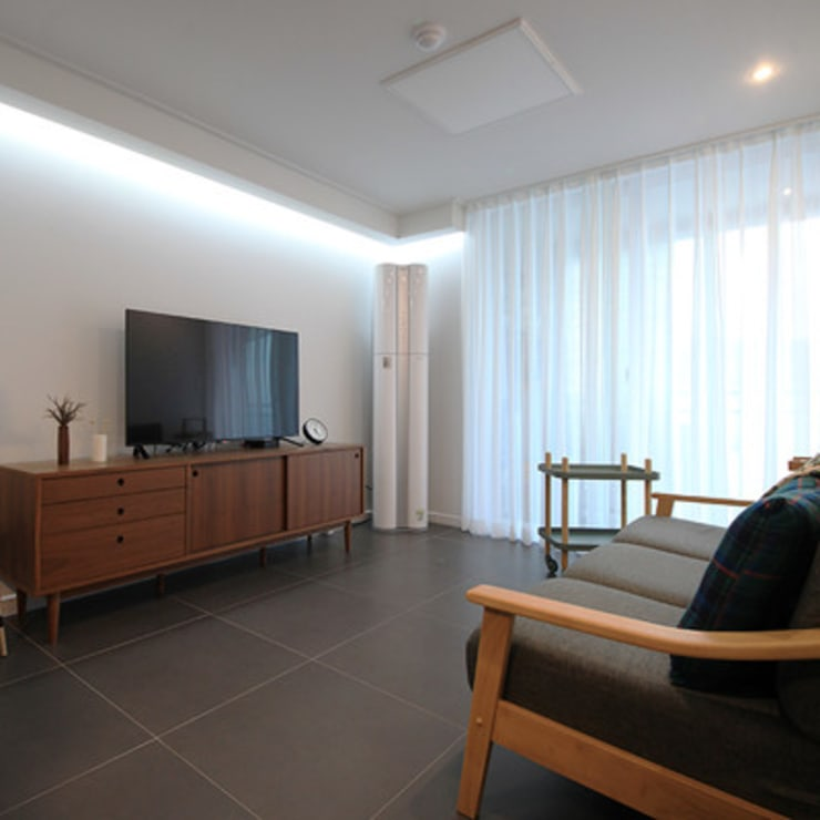 25평 인테리어: 스테이 모던 (Stay Modern)의  거실