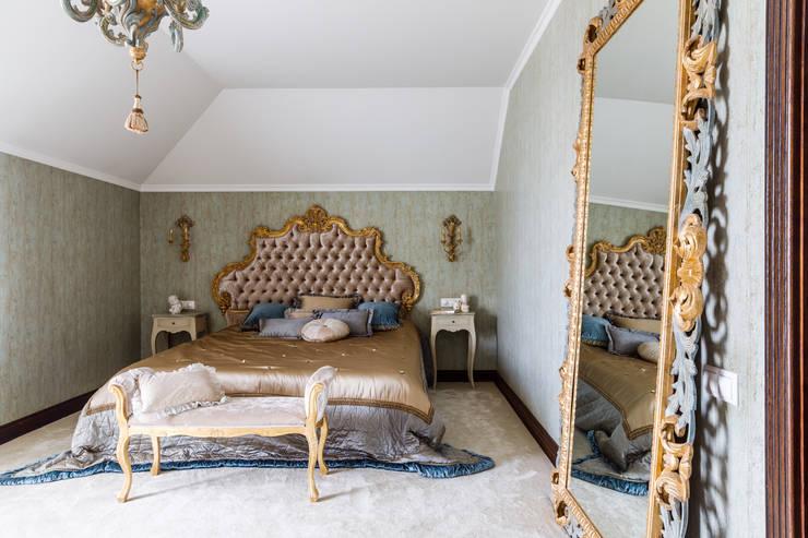 Dormitorios de estilo  por Студия дизайна Светланы Исаевой