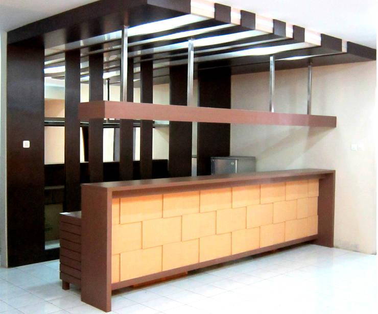 Bar:  Bar & Klub  by POWL Studio