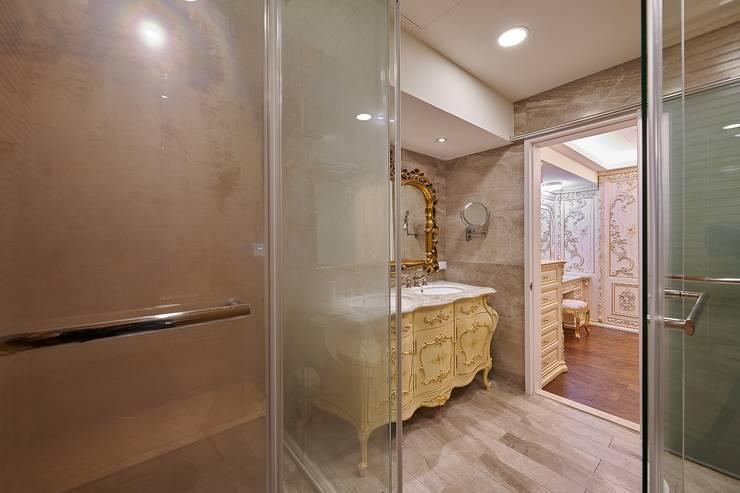 法式古典洗手台:  衛浴 by 歐式藝廊法式新古典設計