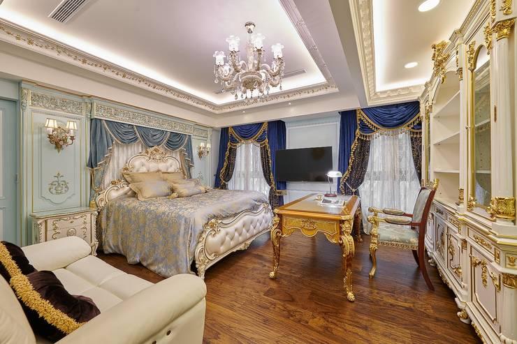 古典主臥,尊榮輝煌:  臥室 by 歐式藝廊法式新古典設計