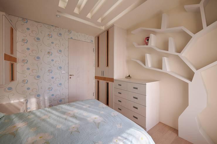 幾米風:  臥室 by 歐式藝廊法式新古典設計