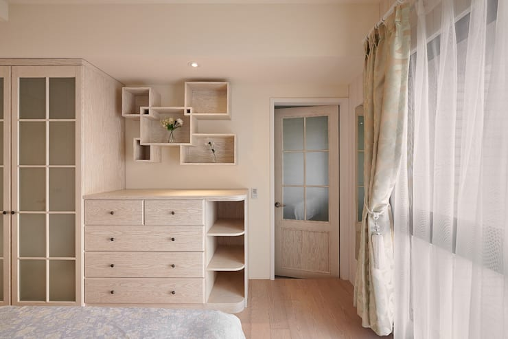鄉村風:  臥室 by 歐式藝廊法式新古典設計