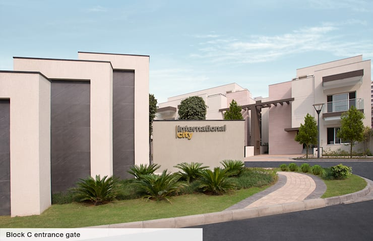 Duplex Villas:  Floors by Sobha International City