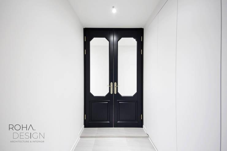 ประตูในบ้าน โดย 로하디자인, โมเดิร์น