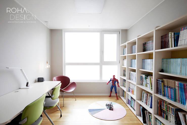 ห้องนอนเด็ก โดย 로하디자인, มินิมัล