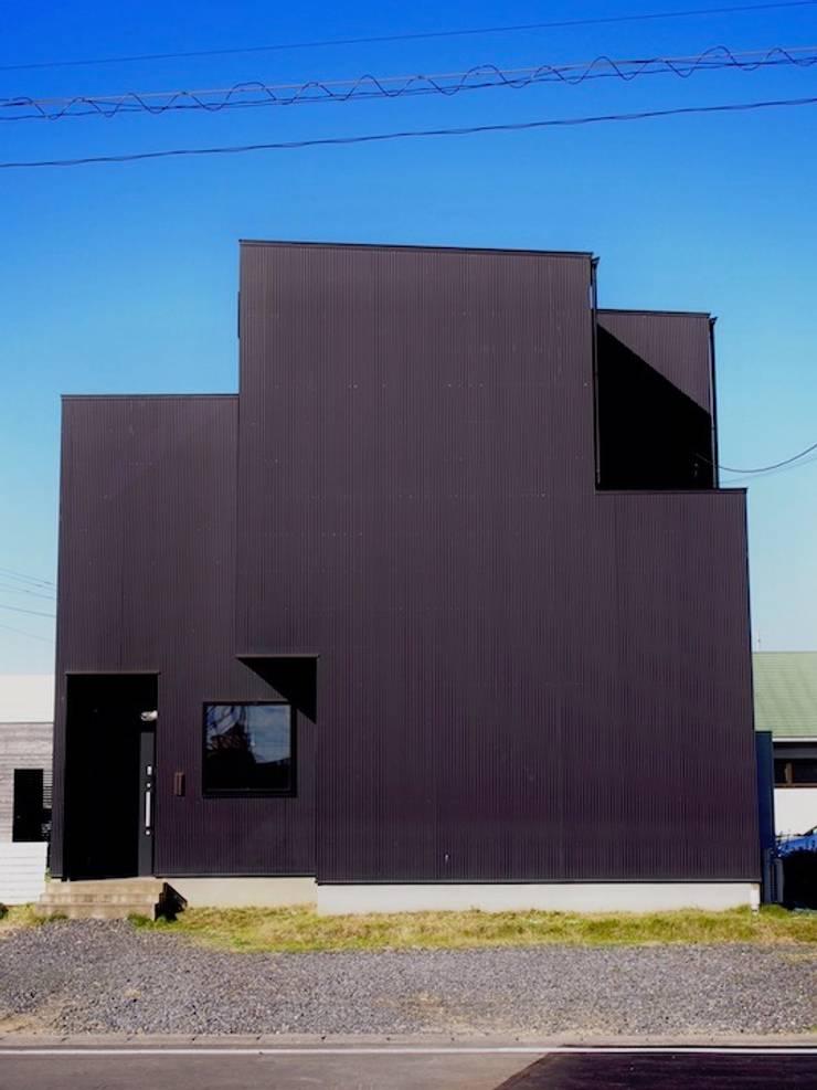 中庭の家: RAI一級建築士事務所が手掛けた木造住宅です。,