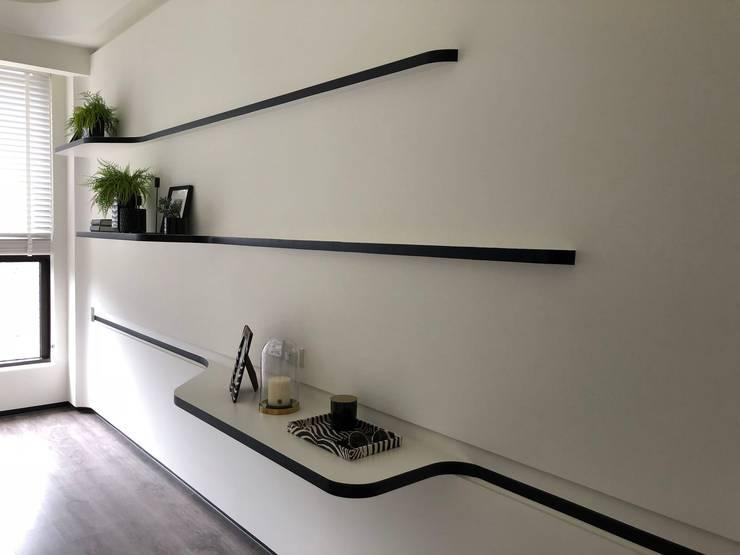 擺放簡單的裝飾品讓空間不過於花俏:  溫室 by On Designlab.ltd