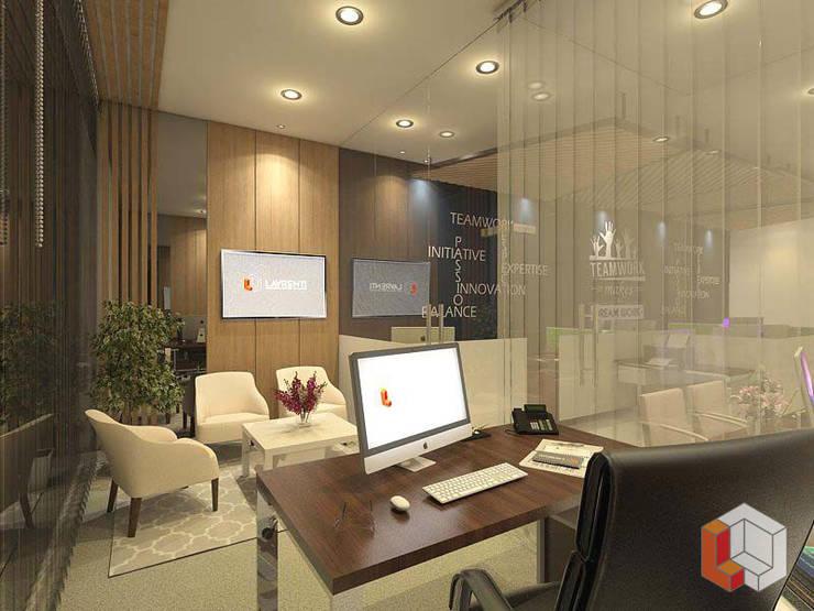 Kantor Kelapa Gading:  Kantor & toko by Lavrenti Smart Interior