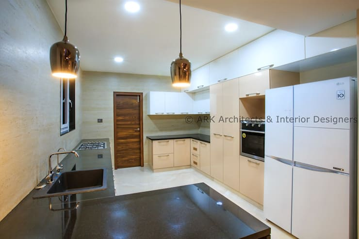 Built-in kitchens by ARK Architects & Interior Designers